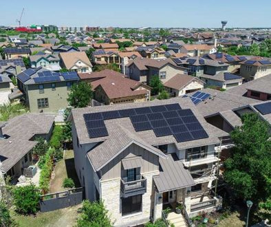 Selling Price of Homes with Solar Power Panels in United States & California